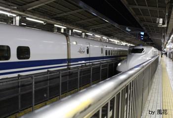 新幹線が行く